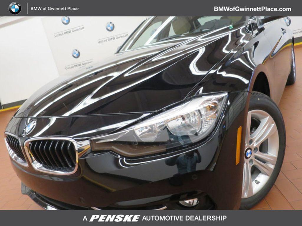 2017 BMW 3 Series 330i - 15749842 - 0