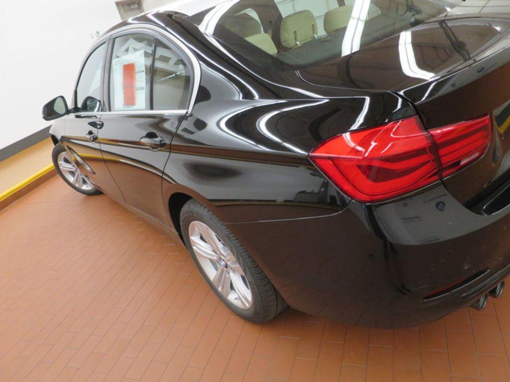 2017 BMW 3 Series 330i - 15749842 - 9