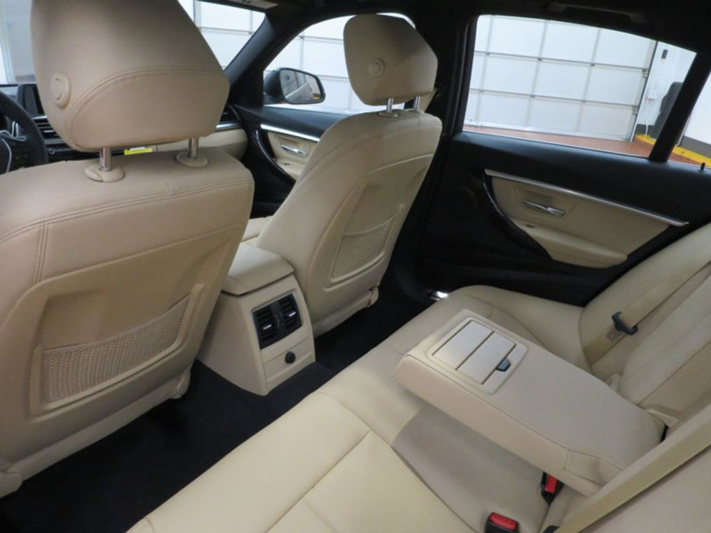 2017 BMW 3 Series 330i - 15749842 - 21