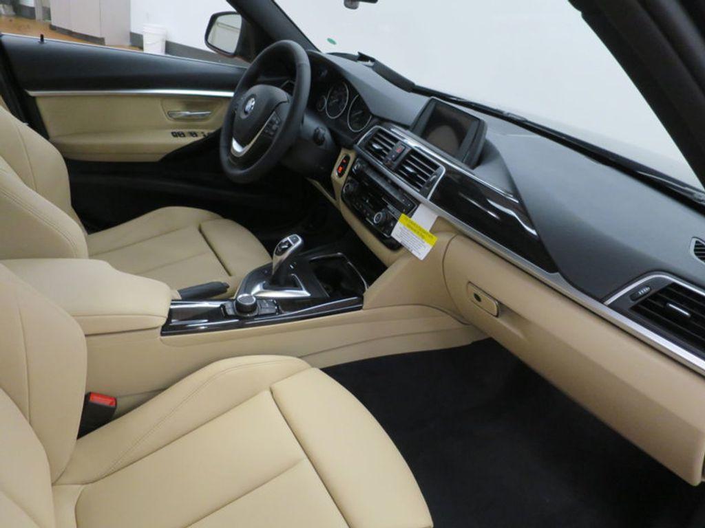2017 BMW 3 Series 330i - 15749842 - 27