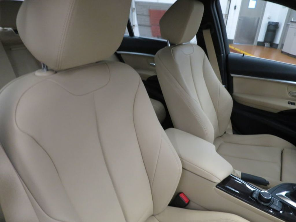 2017 BMW 3 Series 330i - 15749842 - 28