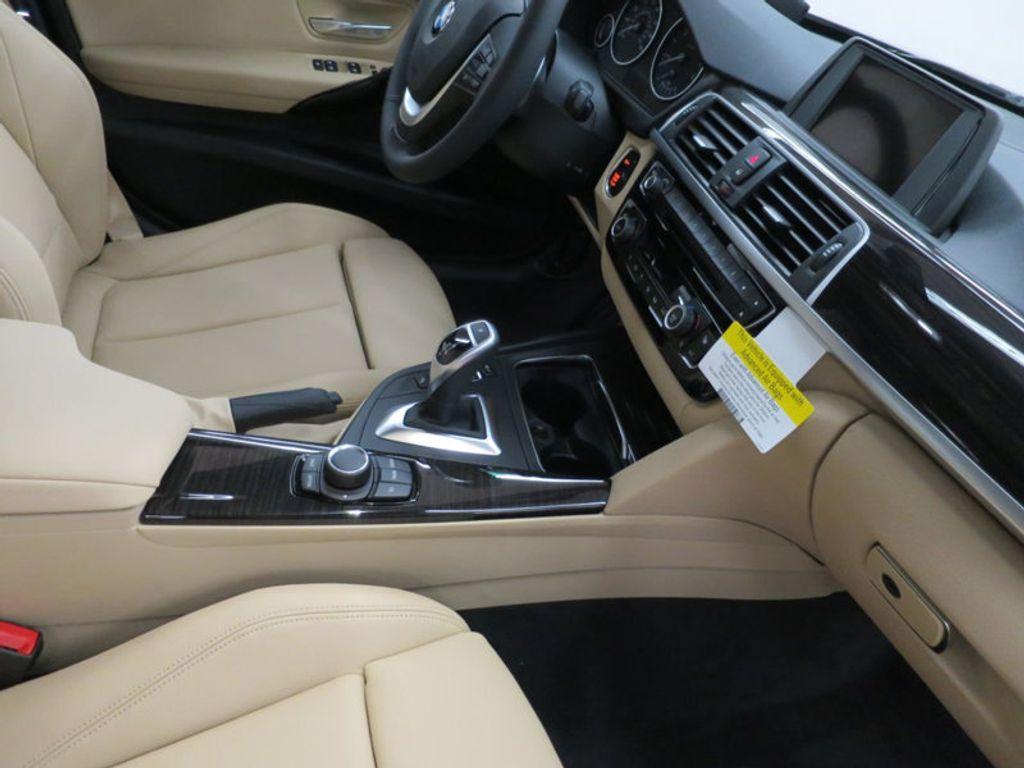 2017 BMW 3 Series 330i - 15749842 - 30