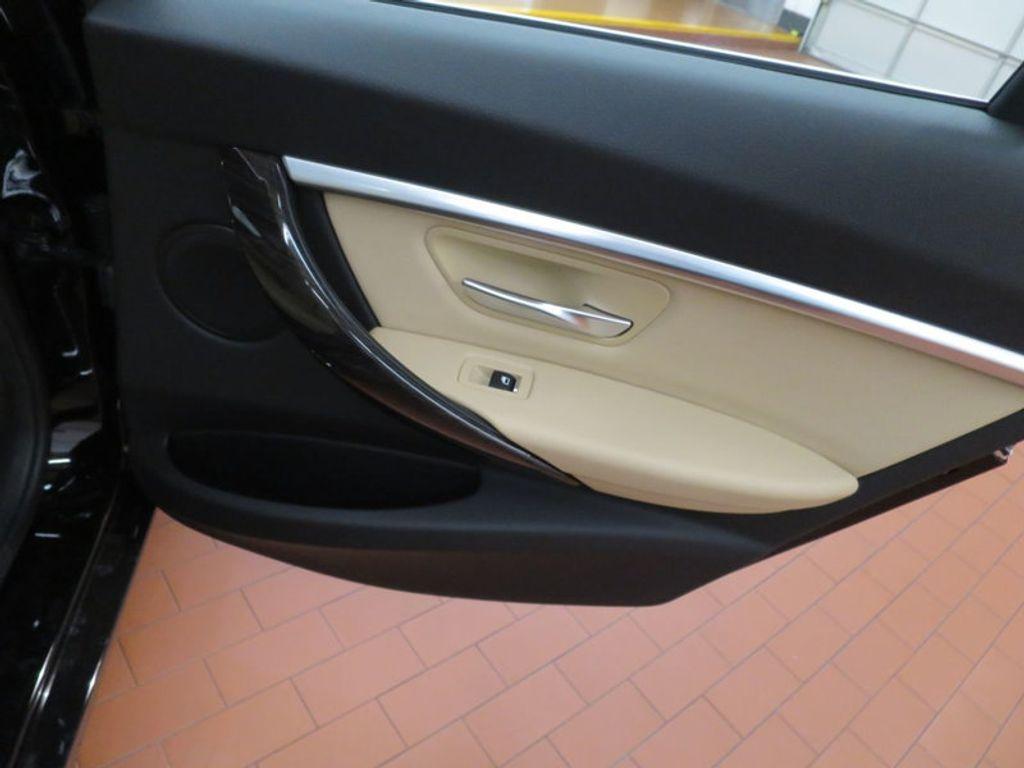 2017 BMW 3 Series 330i - 15749842 - 33