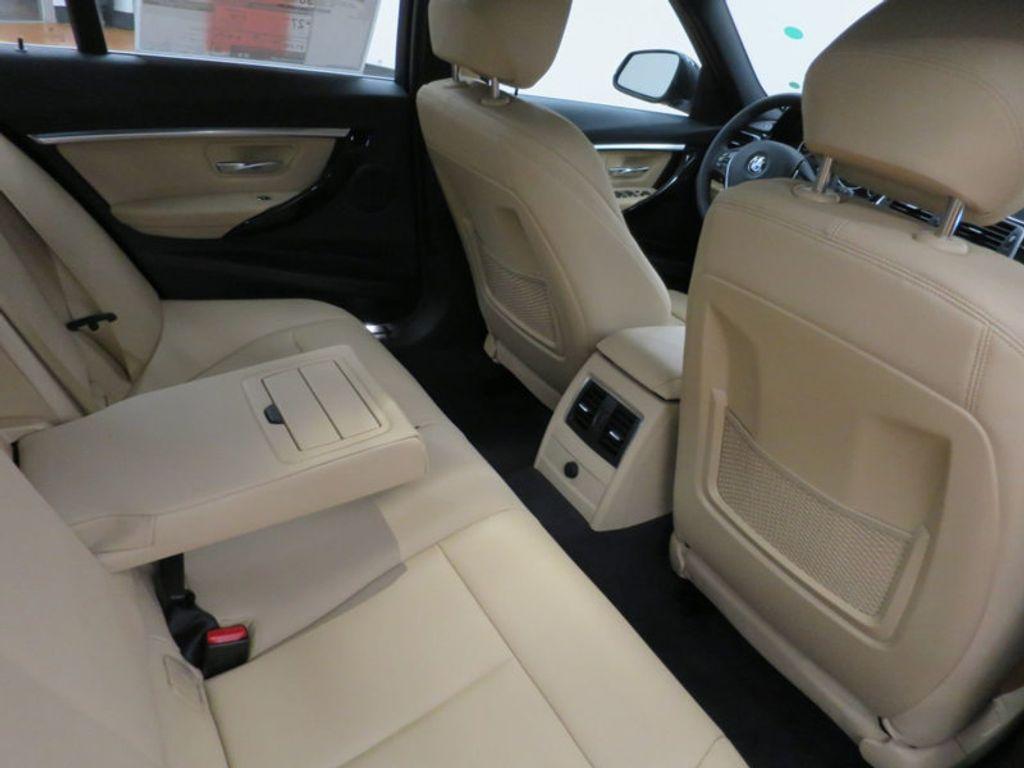 2017 BMW 3 Series 330i - 15749842 - 35