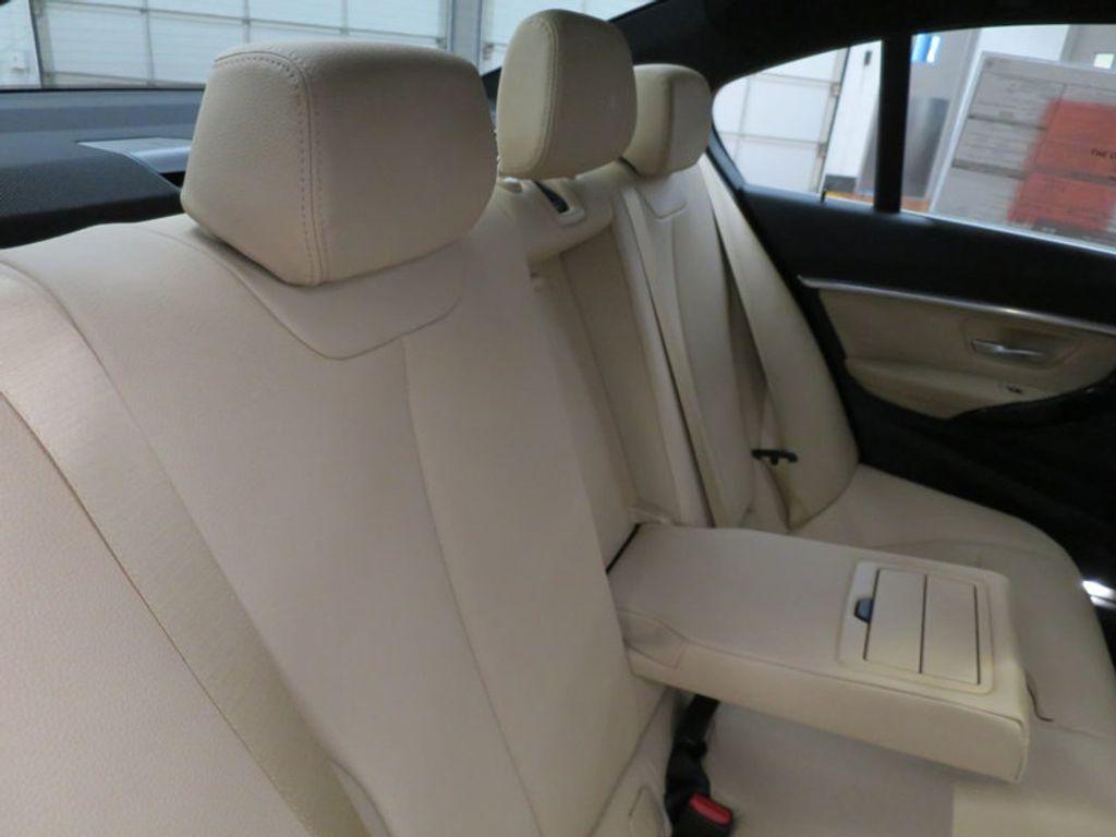 2017 BMW 3 Series 330i - 15749842 - 36