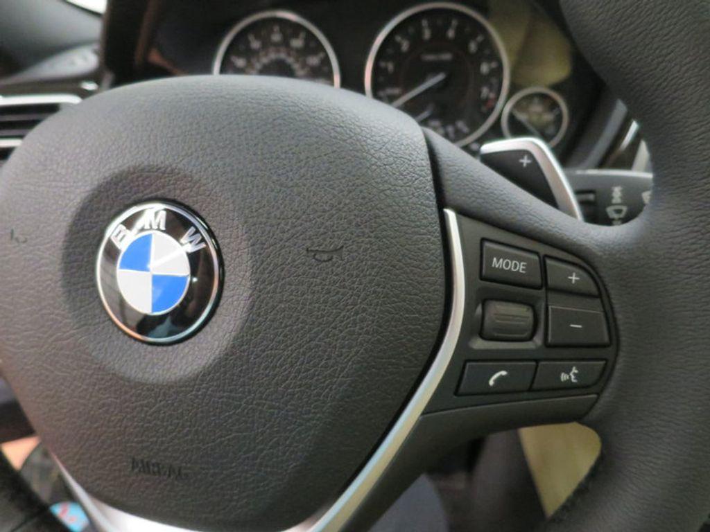 2017 BMW 3 Series 330i - 15749842 - 45