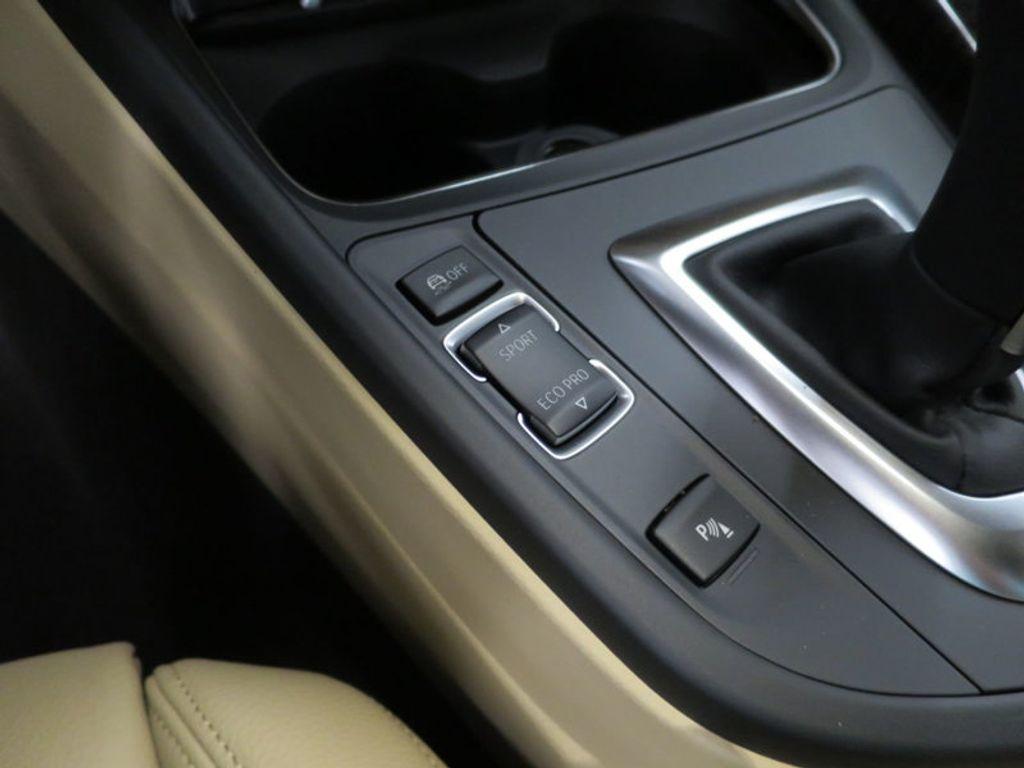 2017 BMW 3 Series 330i - 15749842 - 51