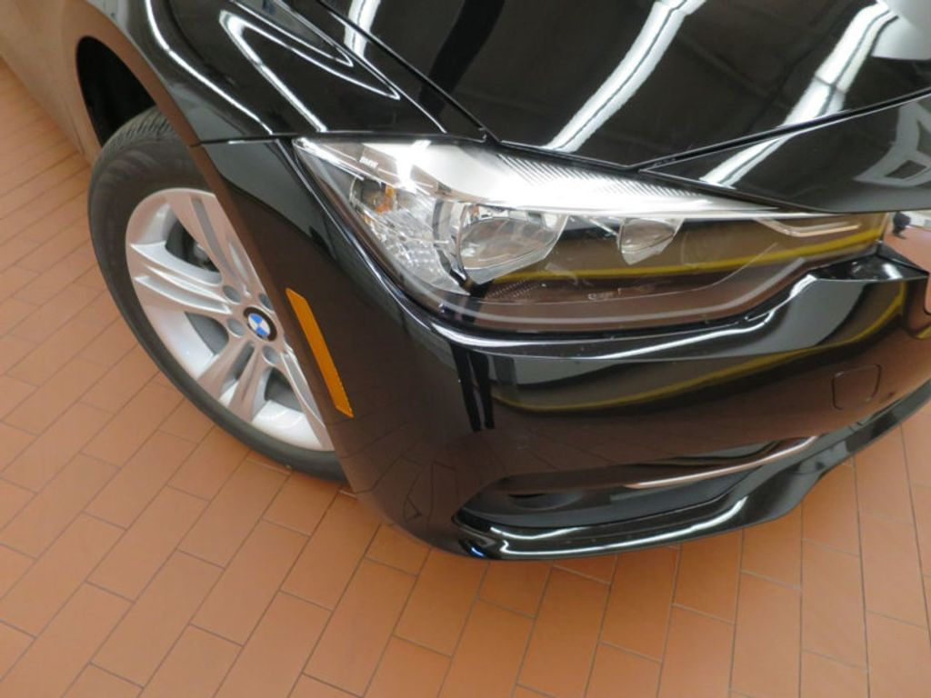2017 BMW 3 Series 330i - 15749842 - 6