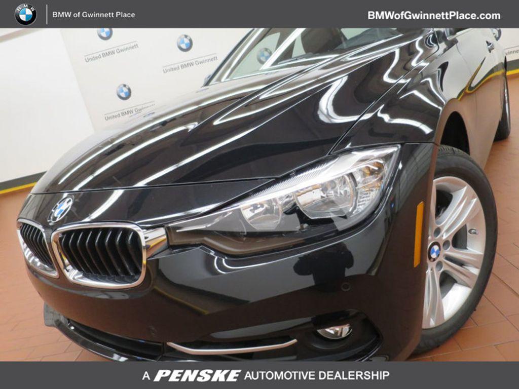 2017 BMW 3 Series 330i - 15749843 - 0