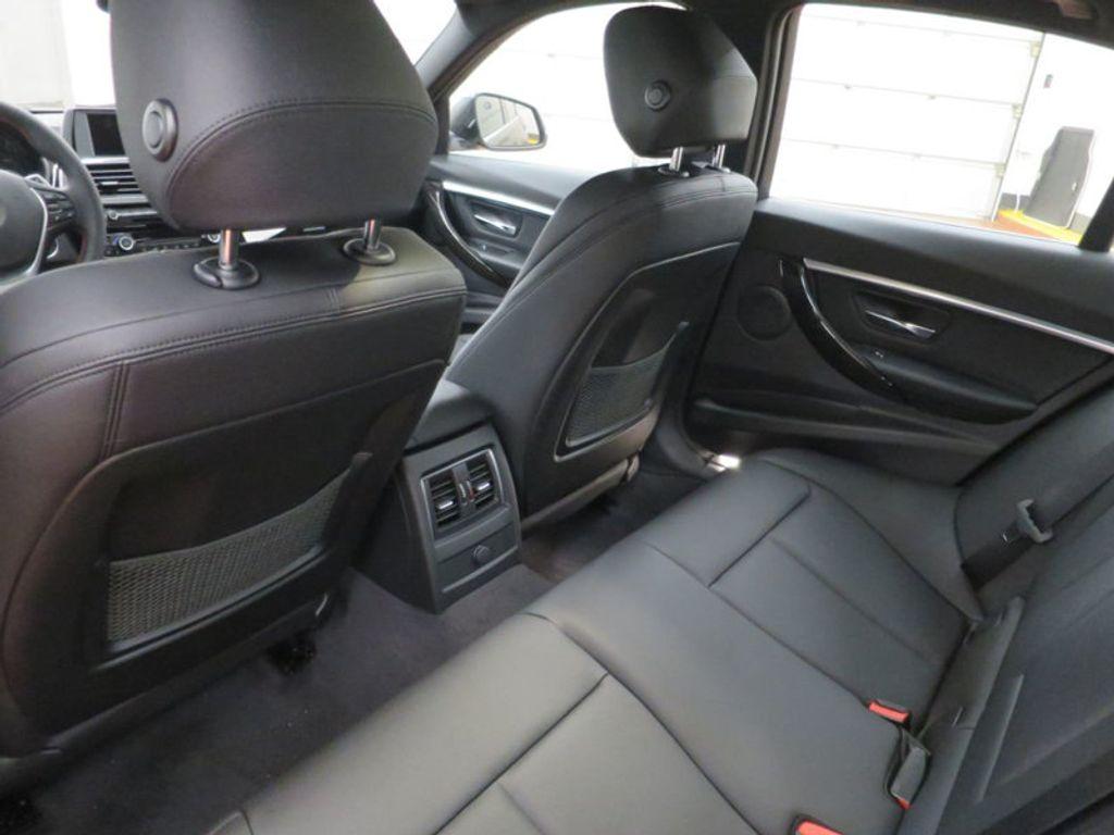 2017 BMW 3 Series 330i - 15749843 - 21
