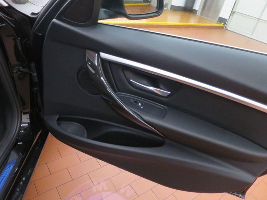 2017 BMW 3 Series 330i - 15749843 - 24