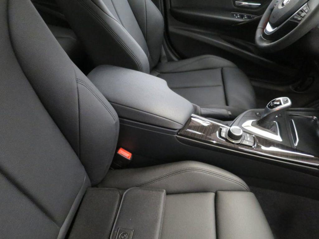 2017 BMW 3 Series 330i - 15749843 - 28