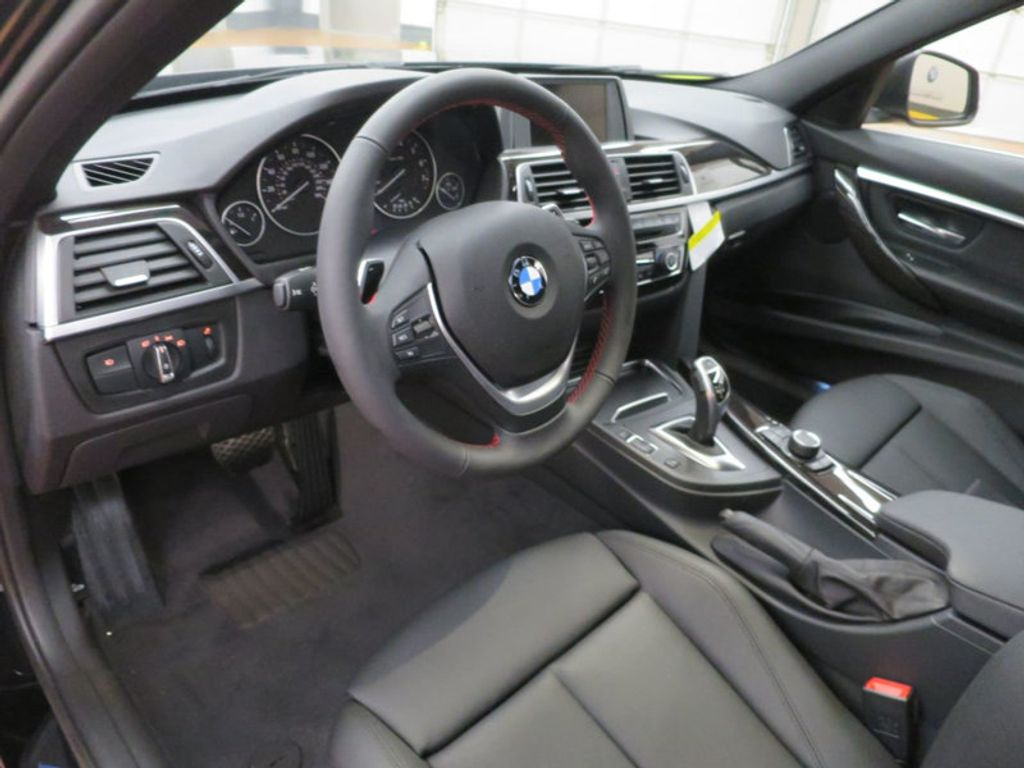 2017 BMW 3 Series 330i - 15749843 - 39