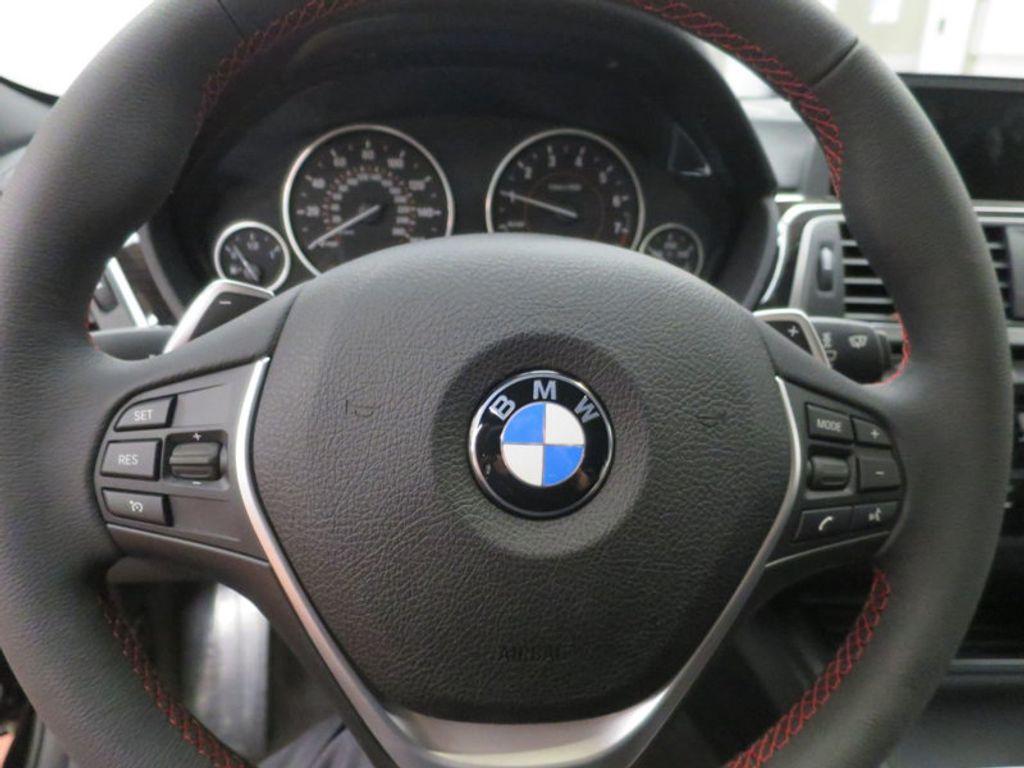 2017 BMW 3 Series 330i - 15749843 - 43