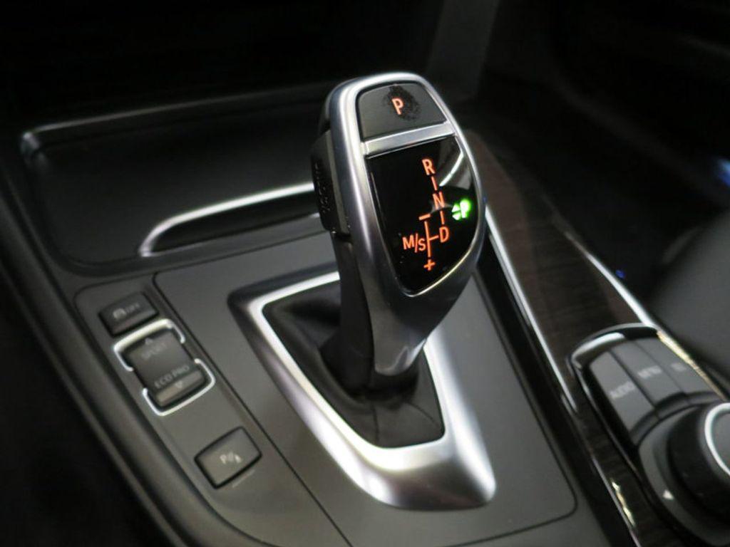 2017 BMW 3 Series 330i - 15749843 - 48