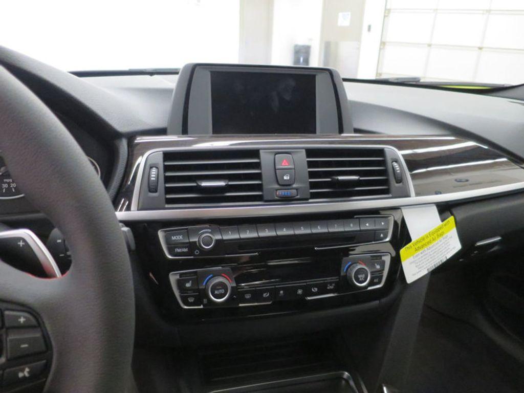 2017 BMW 3 Series 330i - 15749843 - 51