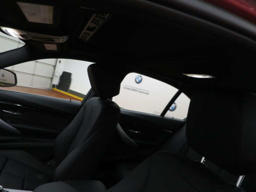 2017 BMW 3 Series 330i - 15749845 - 18