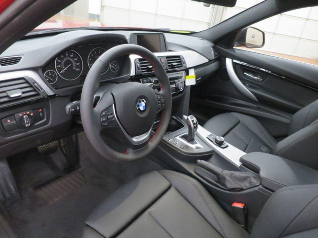 2017 BMW 3 Series 330i - 15749845 - 19