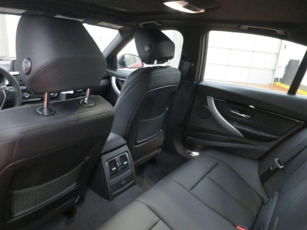 2017 BMW 3 Series 330i - 15749845 - 22