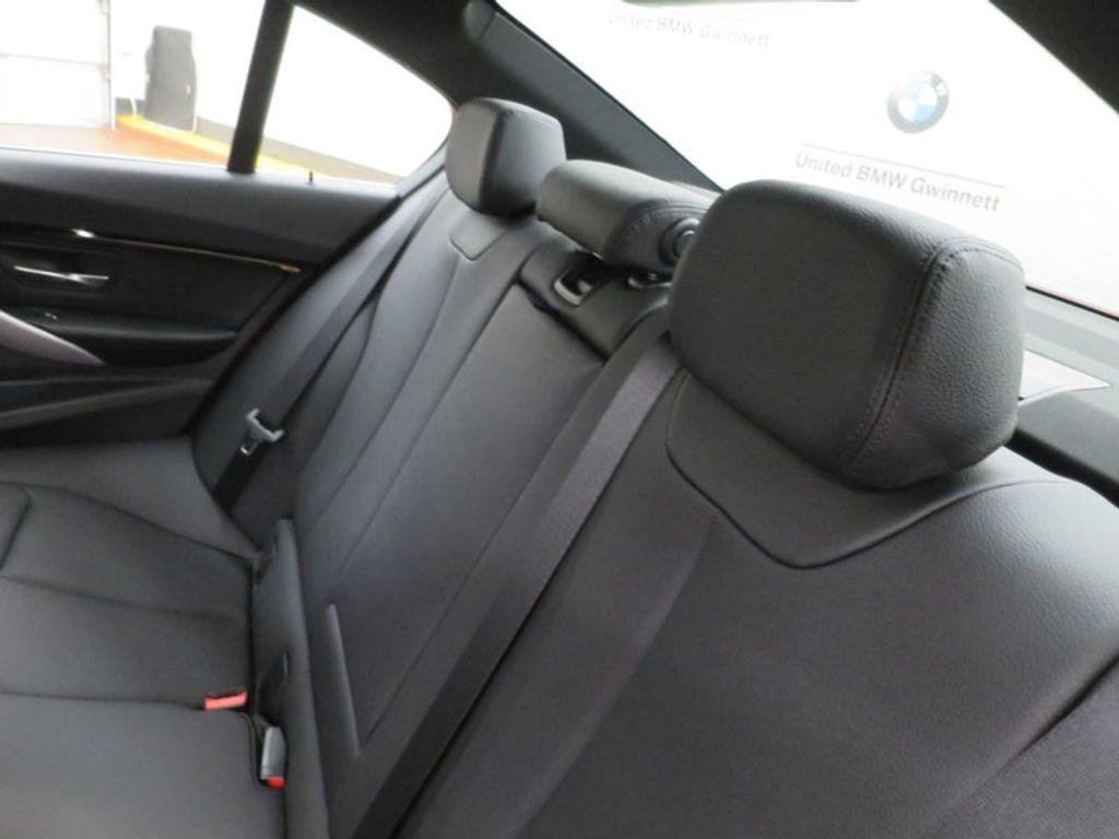 2017 BMW 3 Series 330i - 15749845 - 23