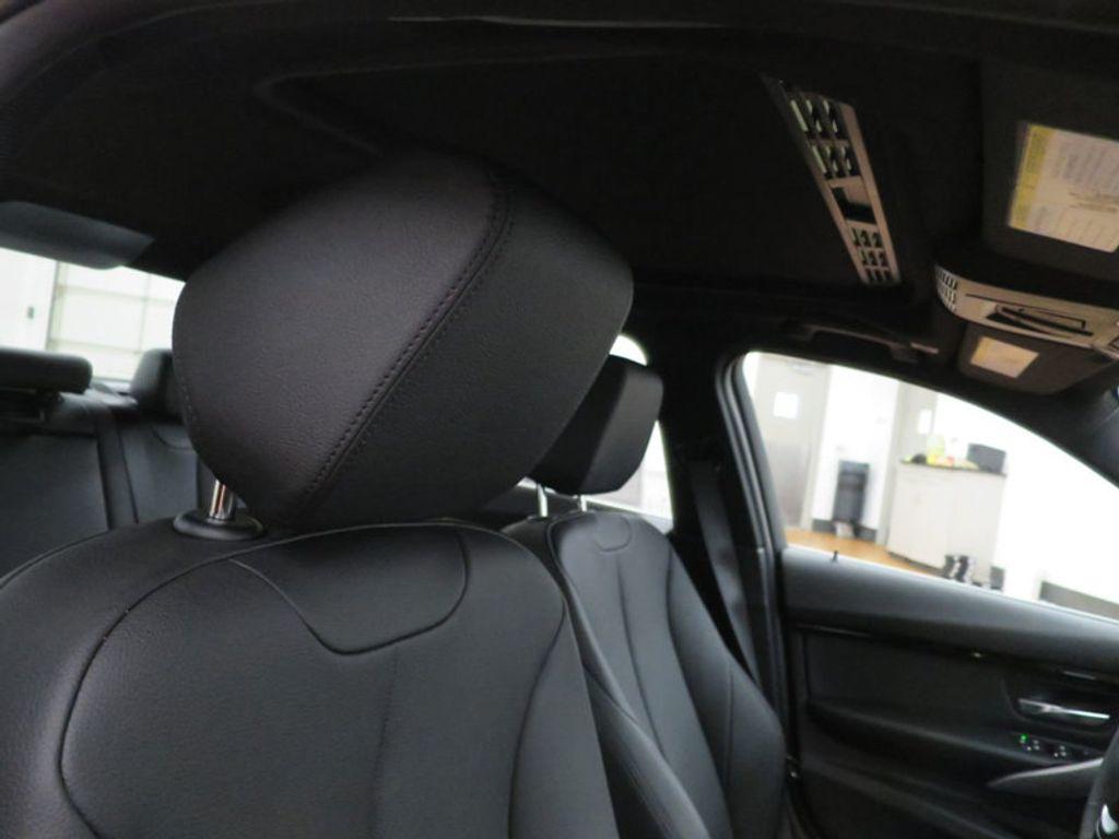 2017 BMW 3 Series 330i - 15749845 - 28