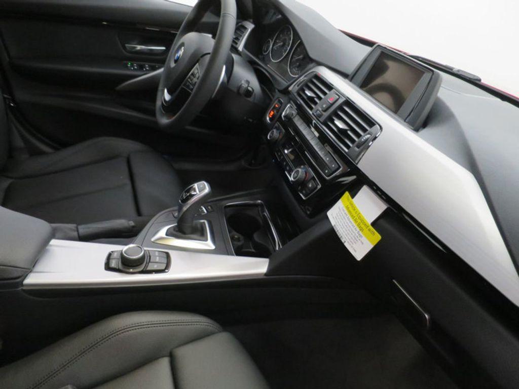 2017 BMW 3 Series 330i - 15749845 - 30