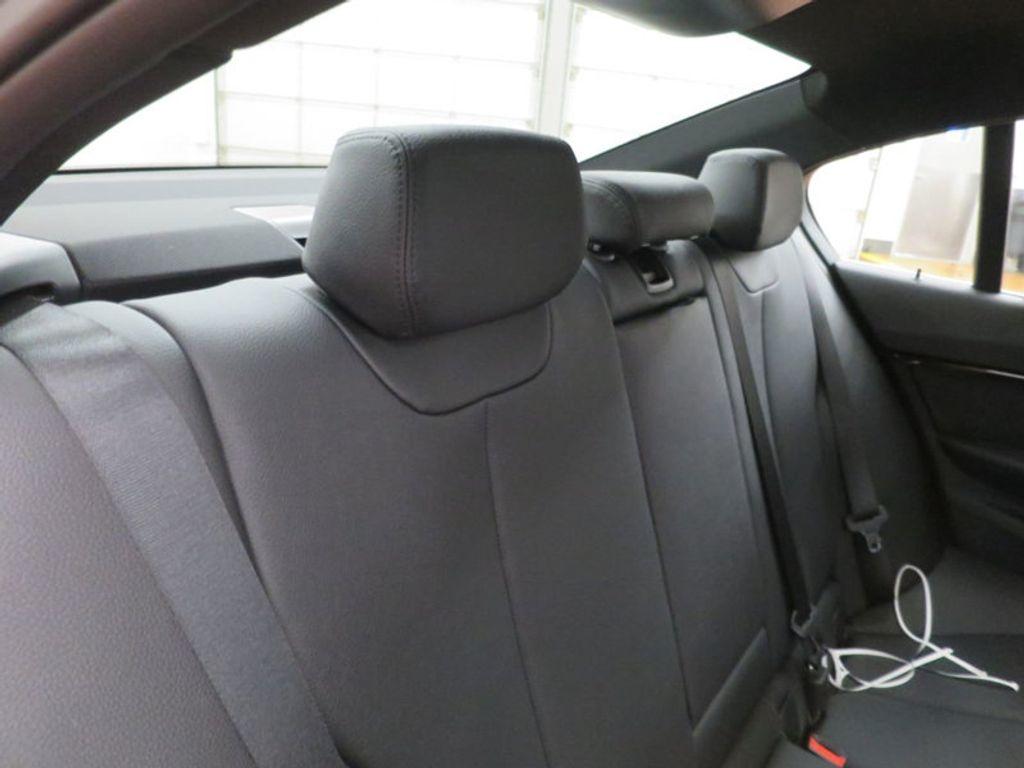 2017 BMW 3 Series 330i - 15749845 - 36