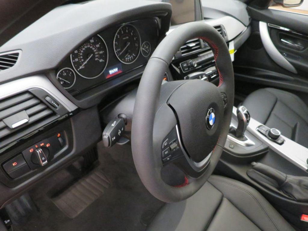 2017 BMW 3 Series 330i - 15749845 - 39