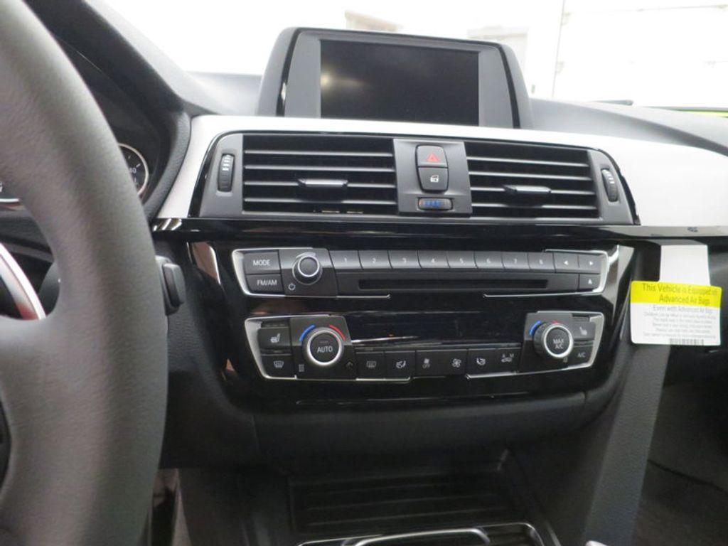2017 BMW 3 Series 330i - 15749845 - 46