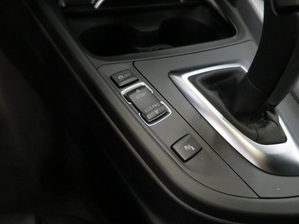 2017 BMW 3 Series 330i - 15749845 - 48