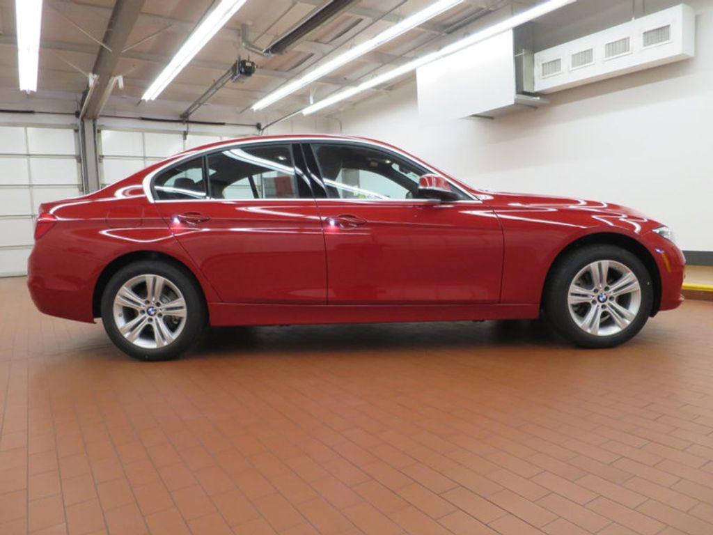 2017 BMW 3 Series 330i - 15749845 - 4