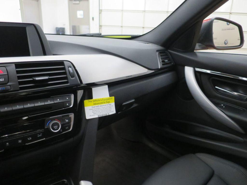 2017 BMW 3 Series 330i - 15749845 - 50