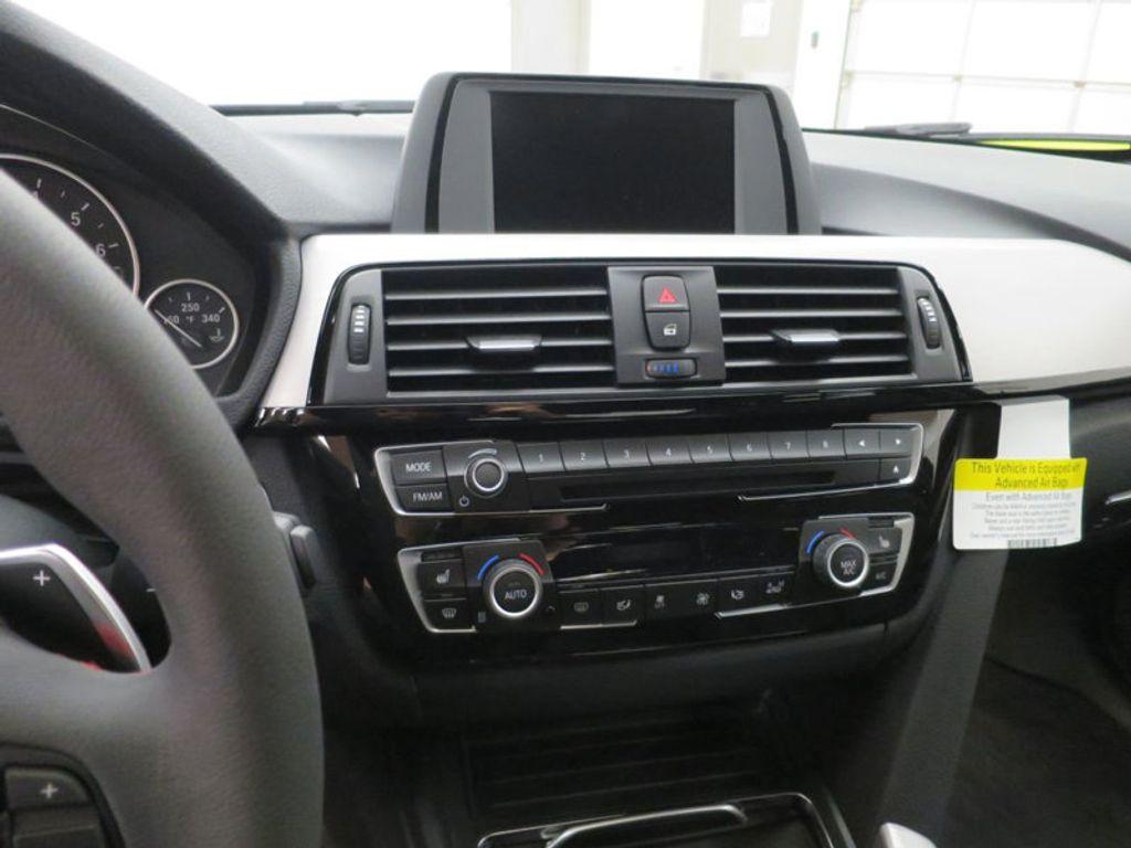 2017 BMW 3 Series 330i - 15749845 - 51