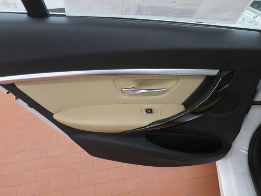 2017 BMW 3 Series 330i - 15754680 - 17