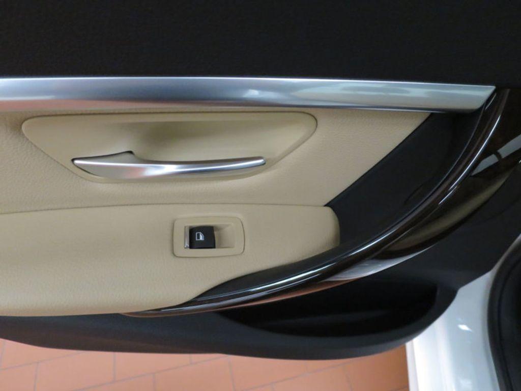 2017 BMW 3 Series 330i - 15754680 - 18
