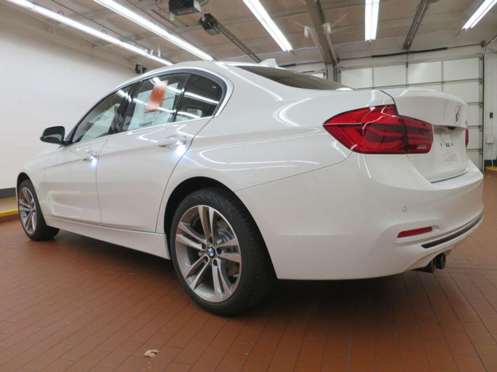 2017 BMW 3 Series 330i - 15754680 - 2