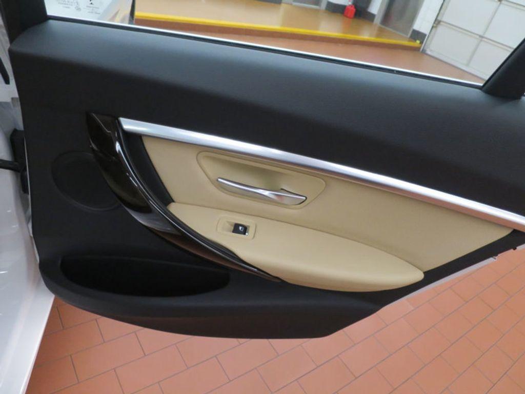 2017 BMW 3 Series 330i - 15754680 - 31