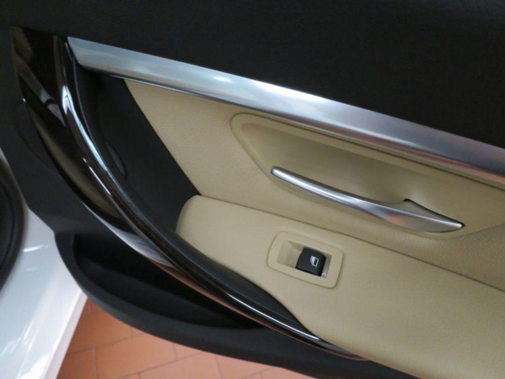 2017 BMW 3 Series 330i - 15754680 - 32