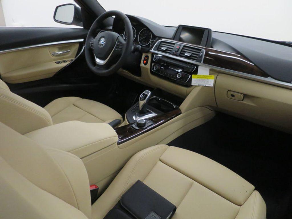 2017 BMW 3 Series 330i - 15754680 - 35