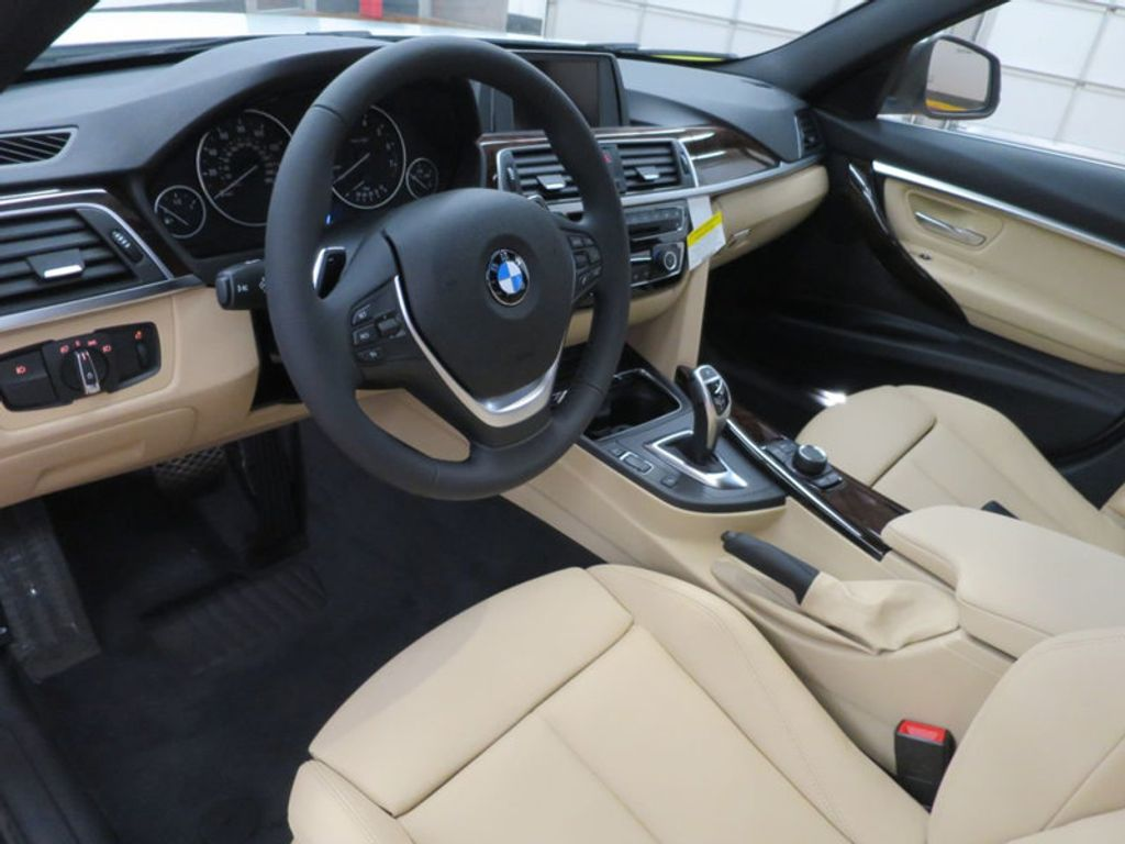 2017 BMW 3 Series 330i - 15754680 - 36