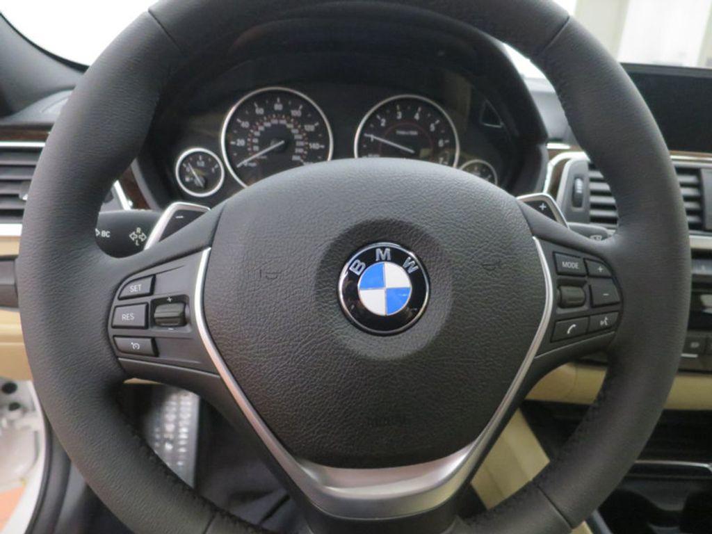 2017 BMW 3 Series 330i - 15754680 - 40