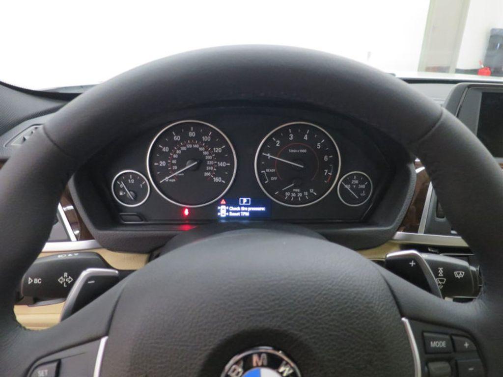 2017 BMW 3 Series 330i - 15754680 - 43