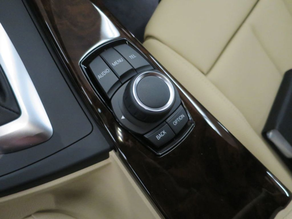 2017 BMW 3 Series 330i - 15754680 - 48