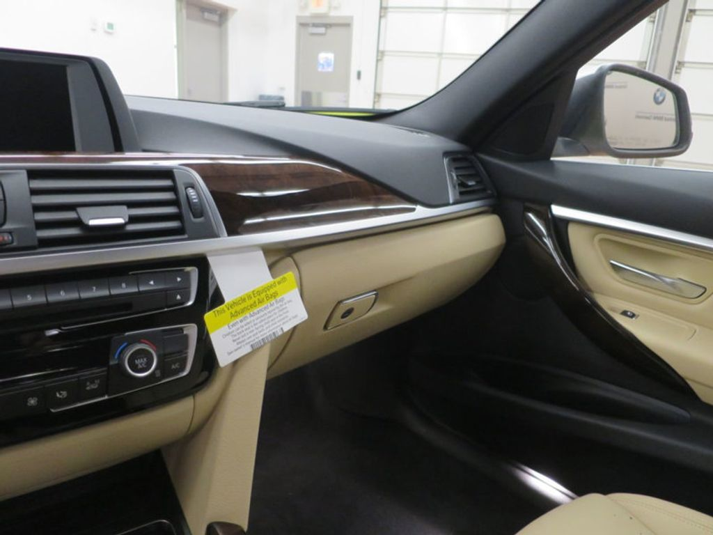 2017 BMW 3 Series 330i - 15754680 - 49