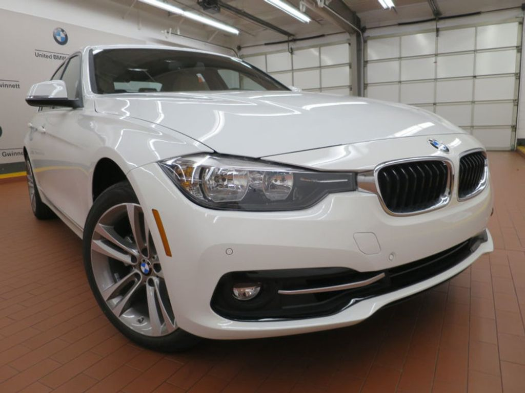 2017 BMW 3 Series 330i - 15754680 - 5
