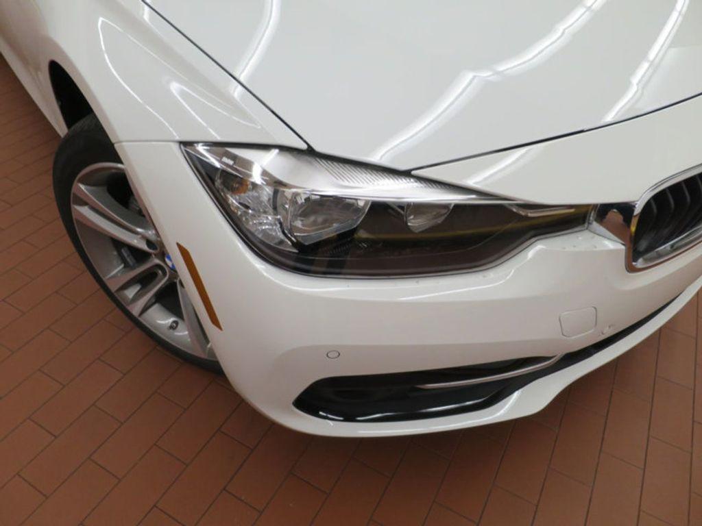 2017 BMW 3 Series 330i - 15754680 - 6