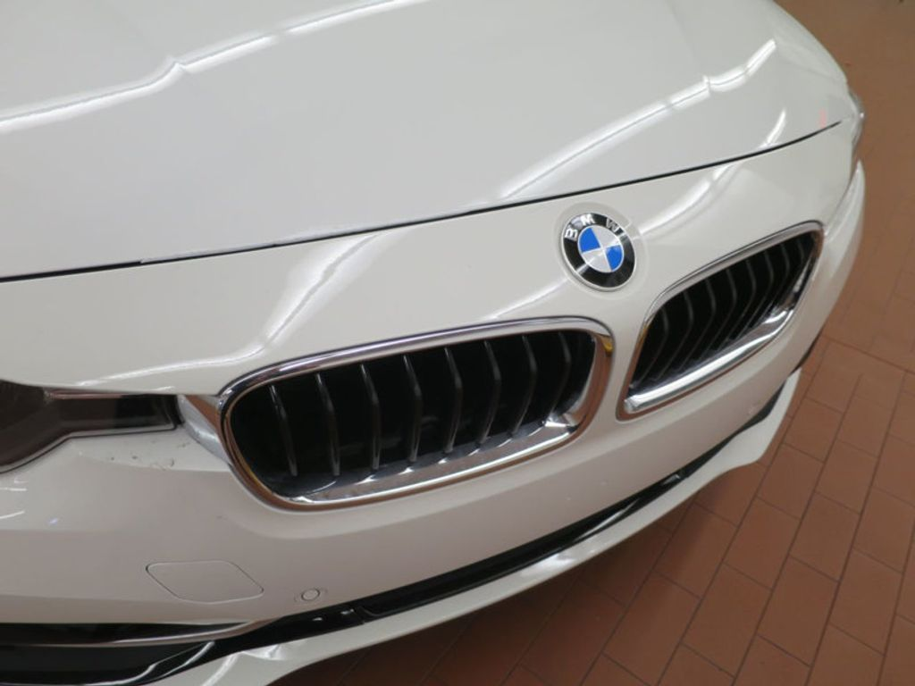 2017 BMW 3 Series 330i - 15754680 - 7