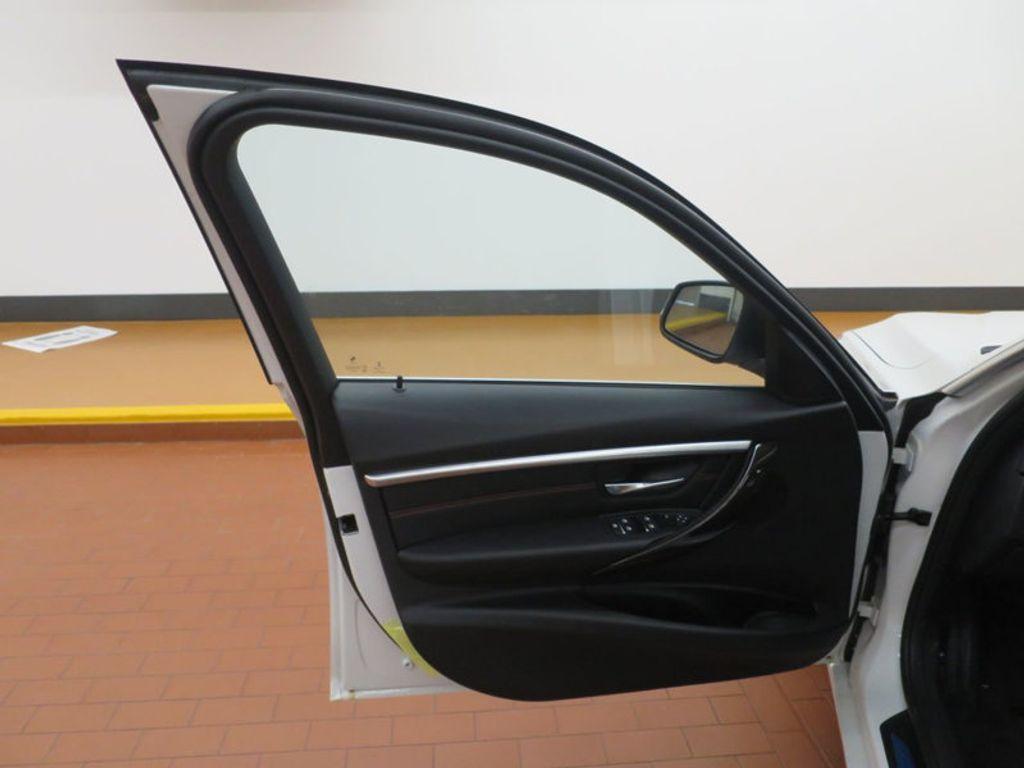 2017 BMW 3 Series 330i - 15835116 - 10