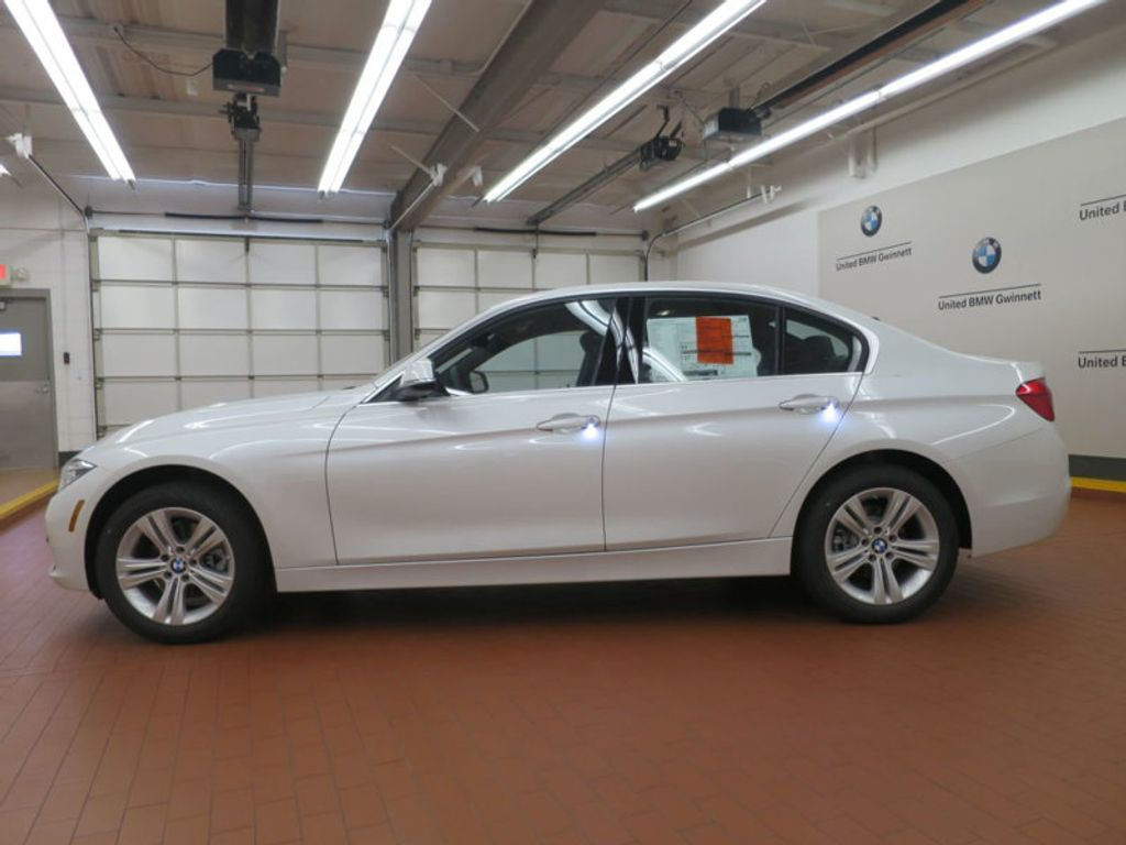 2017 BMW 3 Series 330i - 15835116 - 1