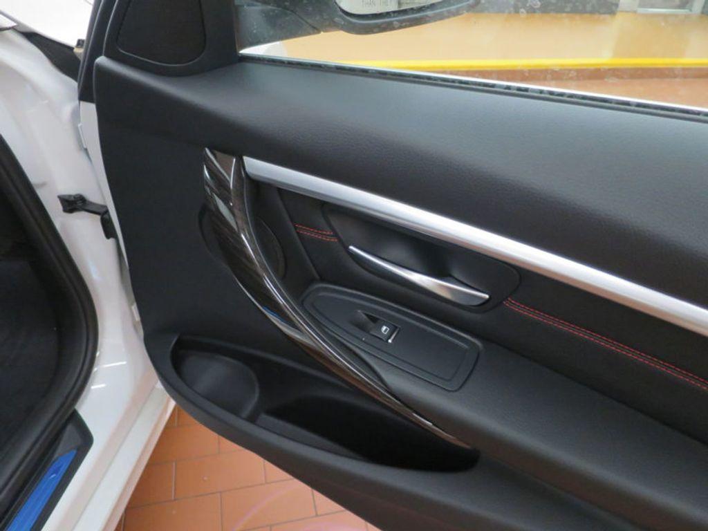 2017 BMW 3 Series 330i - 15835116 - 20